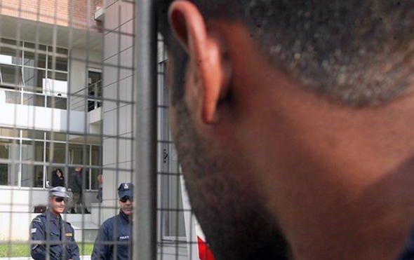 Διευκρινίσεις απ' το Κέντρο Κράτησης Αλλοδαπών της Πέτρου Ράλλη